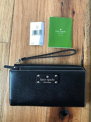 NWT Kate Spade New York Wellesley Layton Wallet Wristlet in Black
