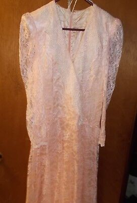 Vintage Women's Peach Lace Satin Lining ALine Formal/Party Dress Union Made 9/10