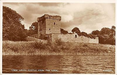 BR67342 loch leven castle from the loch  real photo  scotland 14x9cm