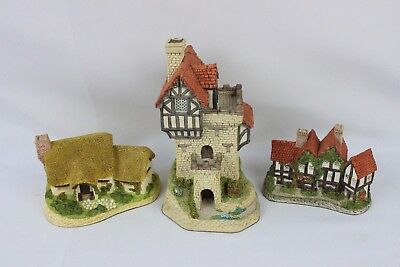 Set of 3 David Winter Collectible Village Figures