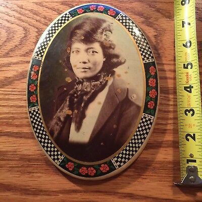 Beautiful  African American Woman In Antique Self Enclosed Frame - Nice Photo !
