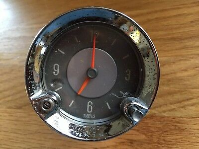SMITHS 12v Analogue Car Clock