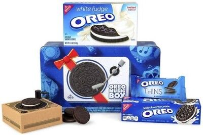 Oreo Music Box Cookie Record Player Collectible Holiday Gift Tin Rare Item