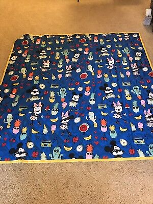Disney Mickey And Minnie Mouse Picnic Blanket