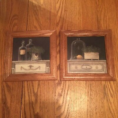 """2 Oak Wood  Picture Frames For 7"""" X 7"""" Pictures  9"""" X 9"""" Overall - Very Nice !"""