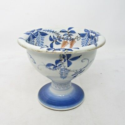 A813: Japanese tall bowl HAISEN of old IMARI porcelain with fish painting
