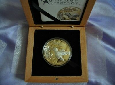 2017 Shades of Nature Gold guilded silver hummingbird coin with case and coa.