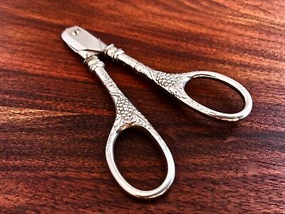 - Frank M. Whiting Sterling Silver Handled Grape Nippers: Grape & Vine No Mono