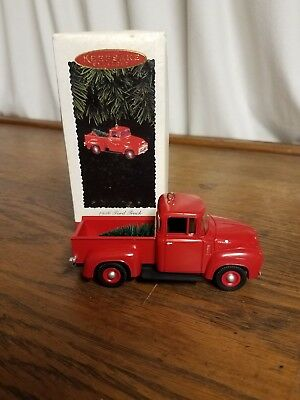 Hallmark Keepsake 1995 Ornament 1956 Ford Truck 1st in All American Truck Series