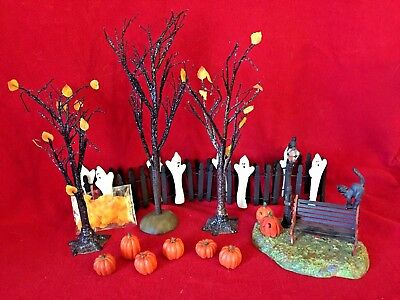 Ghostly Landscape Set Dept 56 Village Accessories 53143 Halloween haunted snow A
