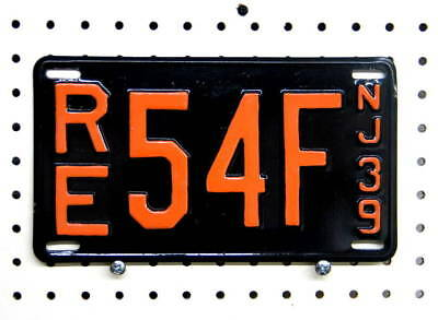 1939 New Jersey license plate, repainted