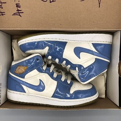 Nike Air Jordan I 1 Retro  White University Blue Gs Size 4Y 307383 140