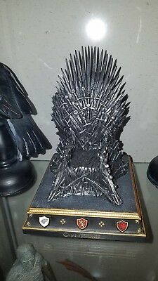 Game of Thrones The Iron Throne / The Noble Collection