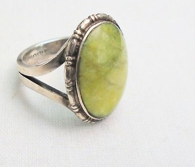 Stunning vintage sterling silver & Connemara marble ring