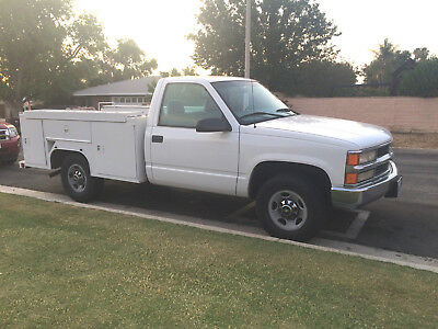 99 Chevrolet C3500 Single Cab 8' Service Utility SRW