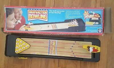 1988 Shelcore Snap Action Bowling Tabletop Game Movable Bowler Pin Rack WORKS!