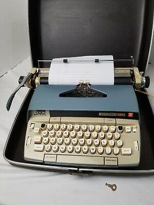 Vintage Smith Corona Electra 120 Electric Portable Typewriter Case / Key -WORKS