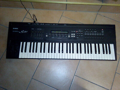 Yamaha S 30 Synthesizer Keyboard Piano