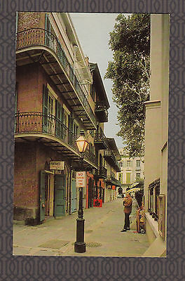 Vintage Postcard LA - NEW ORLEANS, LOUISIANA Pirates Alley