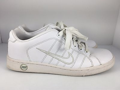 292339cb977455 NIKE Court Tradition 2 Women US 10 White Leather Athletic Tennis Shoes J34