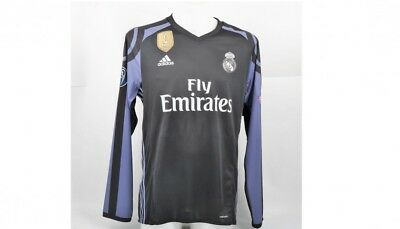 RONALDO MATCH WORN SHORT 2016/17 MADRID  COA  from player soccer authenticated