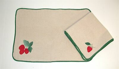 (4) Linen Strawberry Placemats 13 x 19 & (4) Napkins 20 x 20 ~ NEW