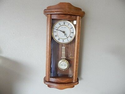 Vintage Daniel Dakota Solid Medium Oak Quartz Battery Op. Westminster Chime