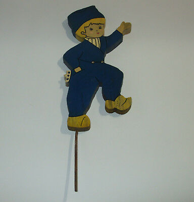 Vintage Dutch Boy wooden garden yard art decor, folk art