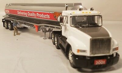 Exxon 2001 Collector's Edition 2nd Edition Die-Cast Collectible Tanker 1:48