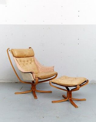 """Sigurd Ressell """"Falcon Chair"""" + Ottomane for Vatne Møbler"""