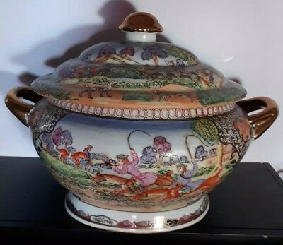 Antique Chinese Hand Painted Rose Medallion Porcelain Soup Tureen