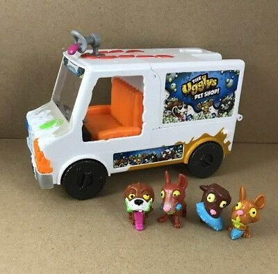 2ebe446f0d THE UGGLYS PET Shop Dirty Dog Wash Van With Lot of 4 Figures ...