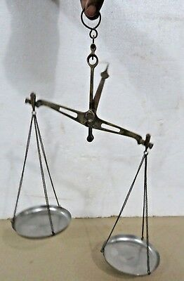 Antique Apothecary Scale Hand balance pharma CLASS B WEIGH 200 gram BRASS TARAJU