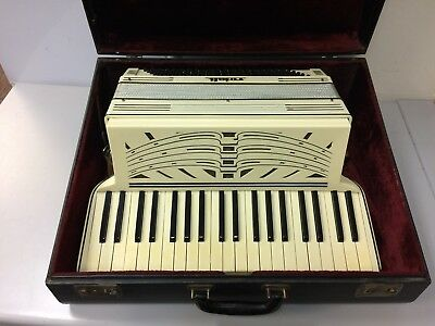 Rosati Accordion - Made in Italy - 120 Bass