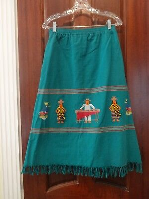 vintage size L green 100% cotton skirt - embroidered figures - made in Guatemala