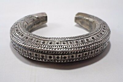 Asian Old Hill Tribe 99% Silver Cuff Bracelet Antique Vintage Shan Tribe 60grams