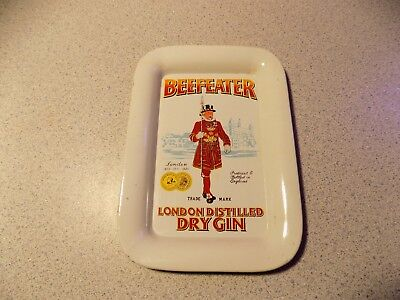 Vintage Beefeater London Distilled Dry Gin Metal Tip Tray Advertising NICE!