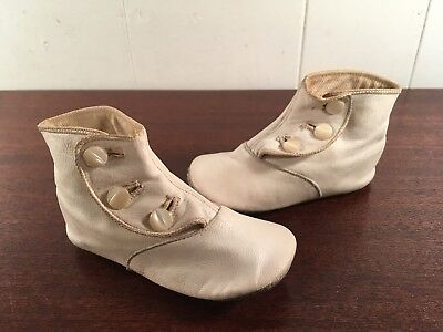 Antique Victorian Baby Girl Shoes White High Top Leather 3- Button Up Child's