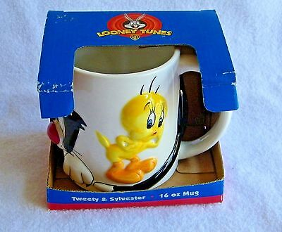 "Collectible NIB Gibson 1998 3D ""Looney Tunes"" Sylvester & Tweety Ceramic Mug"