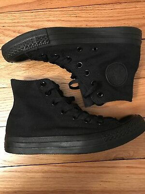 NWOT Adult Converse All Star Chuck Taylor High-Top Sneakers- Men's 5 Women's 7