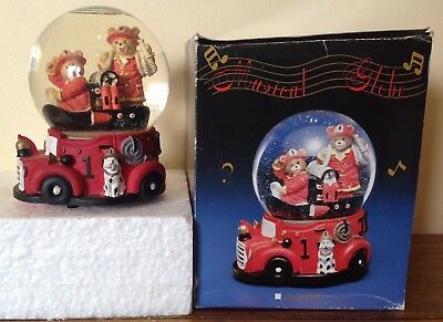 Musical Snow Dome-Firetruck