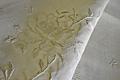 Vintage Linen Organza Tablecloth Diaphanous Embroidered Uu115