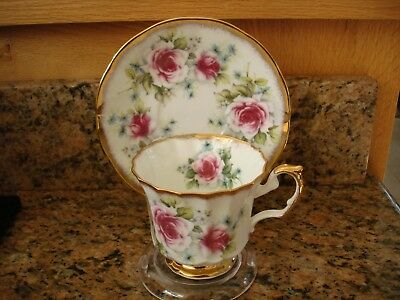 Vintage Elizabethan Cup and Saucer Roses Gold Marked England Repaired