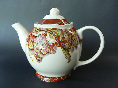 222 Fifth Gabrielle New Lidded Teapot Fine Porcelain