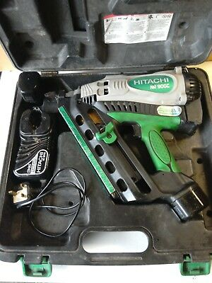Hitachi NR90GC Gas Clipped Head Strip Framing Nailer