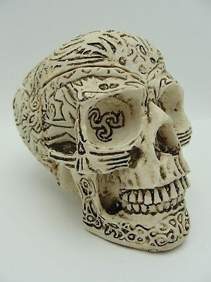 UNUSUAL Mexican ? Tribal Tibet Folk Art VINTAGE CARVED SKULL Box & Cover