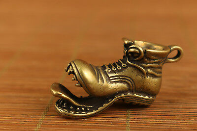Rare Chinese Old Bronze Hand Carved shoes Statue pendant netsuke