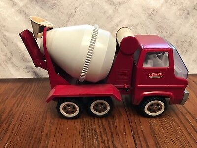 Vintage 1960's Pressed Steel Tonka Red And White Gas Turbine Style Cement Truck