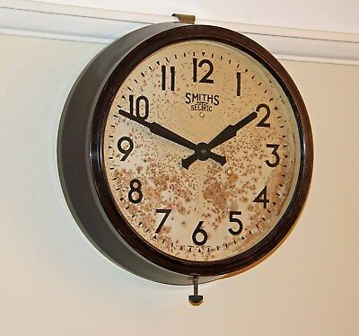 Smiths Sectric Large Vintage Bakelite Working Electric Wall Clock.