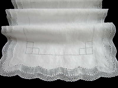 Lovely Antique Vintage White Lawn Linen and Bobbin Lace Runner